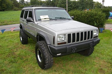 cool jeep cherokee 1000 images about cool jeeps on pinterest trucks jeep