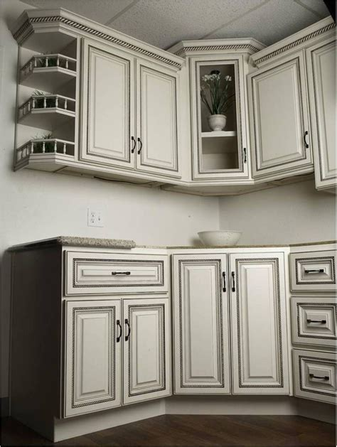 White Kitchen Cabinets With Glaze Antique White Cabinets With Glaze