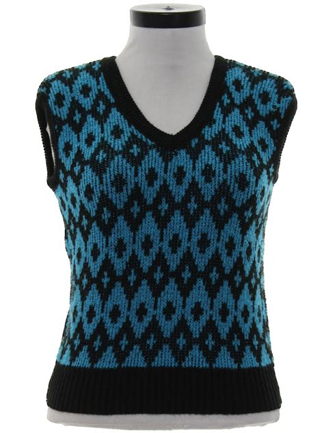 diamond pattern sleeveless jumper 80s vintage sweater 80s no label womens tropical blue