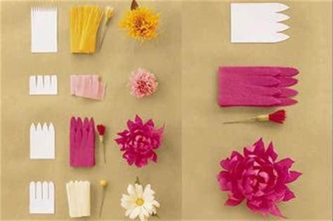 fiori di carta crespa istruzioni carta velina tanti modi per divertirsi giocando