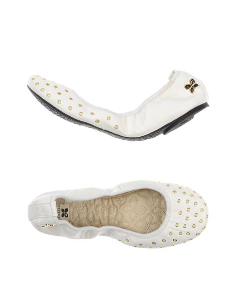 Flat Shoes Butterfly Twists by Butterfly Twists Ballet Flats In White Lyst