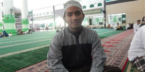 Iman Tidak Pernah Amin sempat takut akan dibunuh remaja ini jadi imam masjid