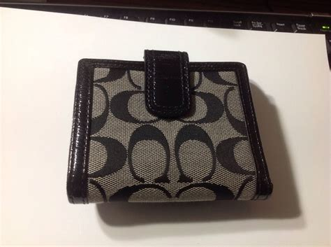 Coach Card Holder Wallet Original Authentic Dompet Kartu Id new authentic coach signature c and canvas and black leather soho buckle large wallet on sale