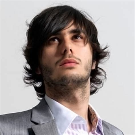 latest long hair styles for men fashion 2013 2014 long hair style men top tips for men to grow long hair