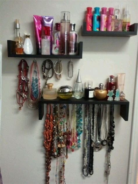 Shelf Of Perfume by 17 Best Ideas About Perfume Organization On