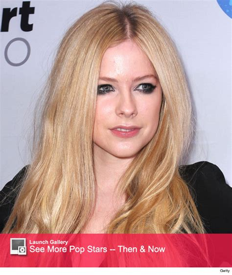 avril lavigne launches caign to help fight lyme disease avril lavigne gives lyme disease update says she s