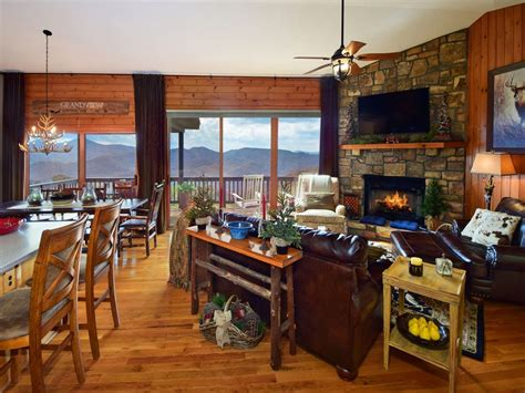 Grandview Cabins Nc by Grandview Luxurious Cabin Lodge With Vrbo
