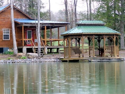 Cabins In Crossville Tn by Secluded And Cabin Near Cookeville Vrbo