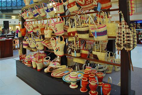Handcraft Shop - things to do for in sri lanka to srilanka