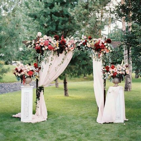Wedding Arbor Decoration by 25 Best Ideas About Wedding Arbor Decorations On