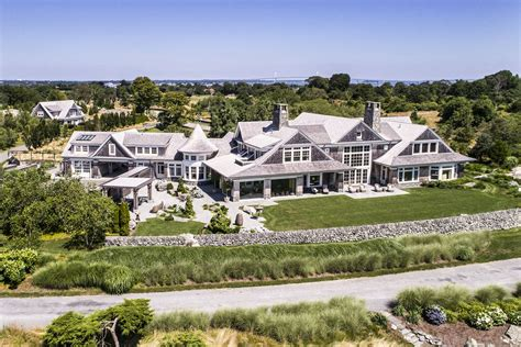 mansion home cbell soup heiress newport mansion wants 12 5m curbed