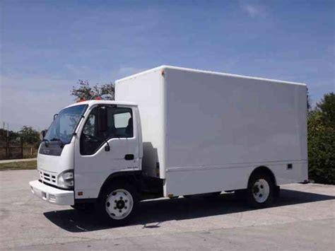 isuzu box truck isuzu npr box truck 2007 box trucks