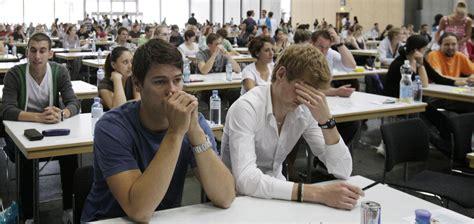 ricorso test ingresso medicina test d ingresso due studenti su tre pronti al ricorso