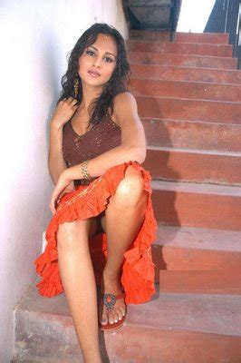 photos hot actress tamil hot actress photos 2012 tamilcinem4u