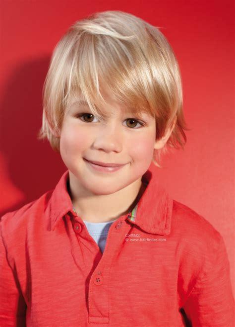 little boy long hair oldfashoined pflegeleichte frisur f 252 r kleinen jungen