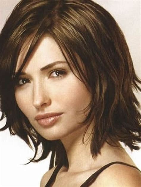 hair cuts for shoulder lengthy hair for women over 60 25 best ideas about medium haircuts for women on