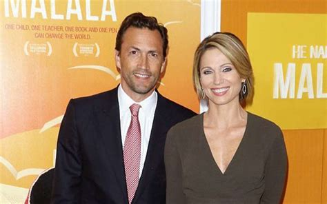 how much does amy robach earn journalist amy robach divorced to tim mcintosh and after