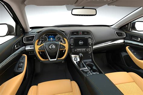 nissan maxima 2016 interior 2016 nissan maxima look motor trend