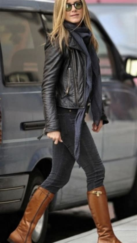 brown leather jackets brown boots and black skinnies on