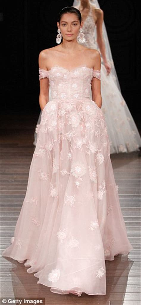 Trendy Wedding Dresses Uk by Femail Reveals The Top 2017 Wedding Dress Trends From