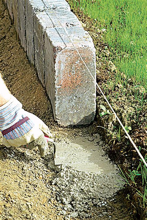 beeteinfassung stein anleitung rasenkantensteine setzen fundamente selbst de