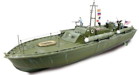 pt boat color schemes lindberg makes a pt 109 its 1 32 scale d b r c racing