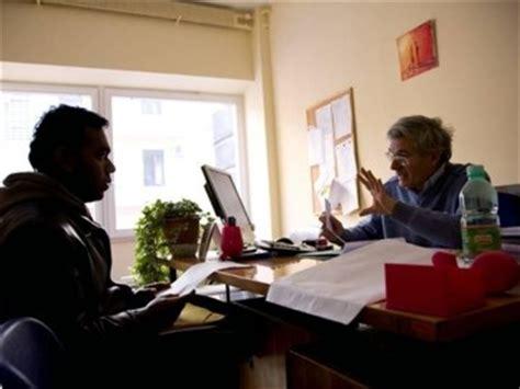 rinnovare il permesso di soggiorno permesso di soggiorno richieste tramite poste italiane