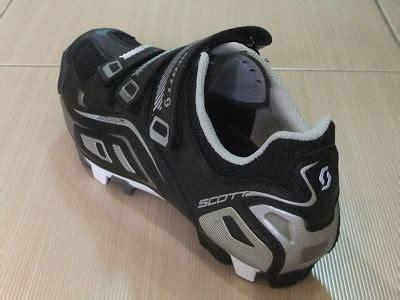 Sepatu Boots Spiky toko sepeda indonesia terlengkap sepatu