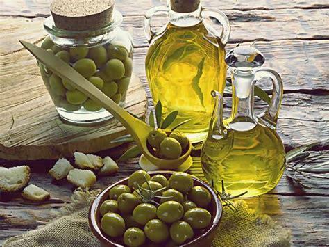 Minyak Kemiri Vs Minyak Zaitun pilih mana minyak zaitun atau kemiri selera id