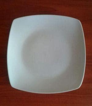 platos cuadrados de porcelana platos de madera redondos cuadrados posot class