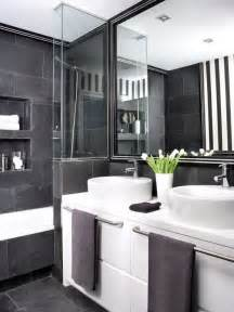 Black And White Bathroom Ideas Pictures by Black And White Decor For Bathroom 2017 Grasscloth Wallpaper