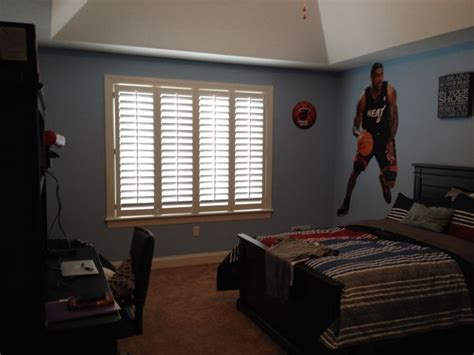 blinds for boys bedroom 17 best images about boy s room window treatments on