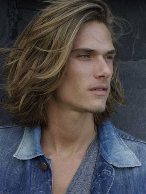boy it s a hot one 15 guys long hairstyles mens hairstyles 2018