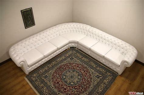 divano angolo tondo divano chesterfield angolare con angolo tondo in vera pelle