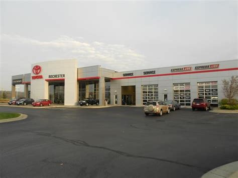 Minneapolis Toyota Dealers Rochester Toyota Rochester Mn 55904 4000 Car Dealership