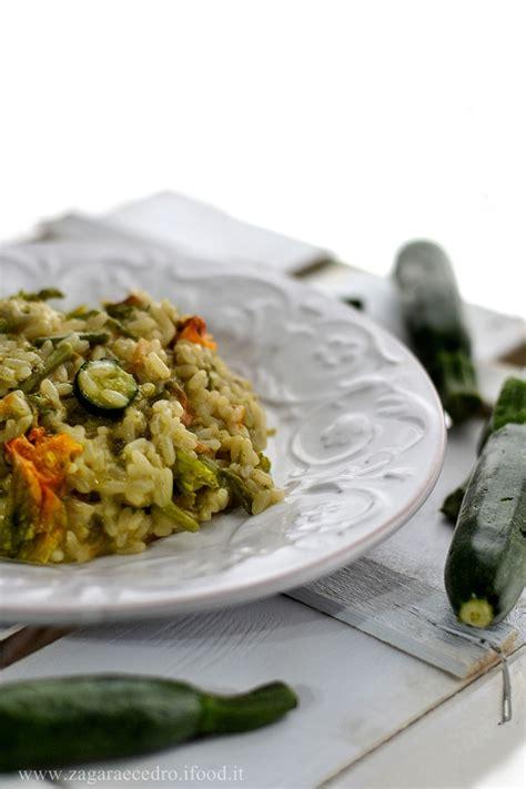 riso con fiori di zucca risotto con asparagi selvatici e fiori di zucca zagara e
