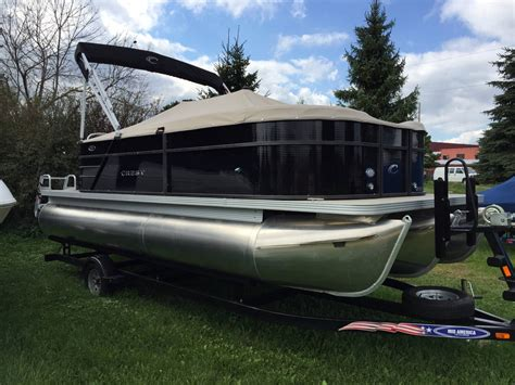 small pontoon boats for sale illinois 2017 new crest 200 l pontoon boat for sale lakemoor il