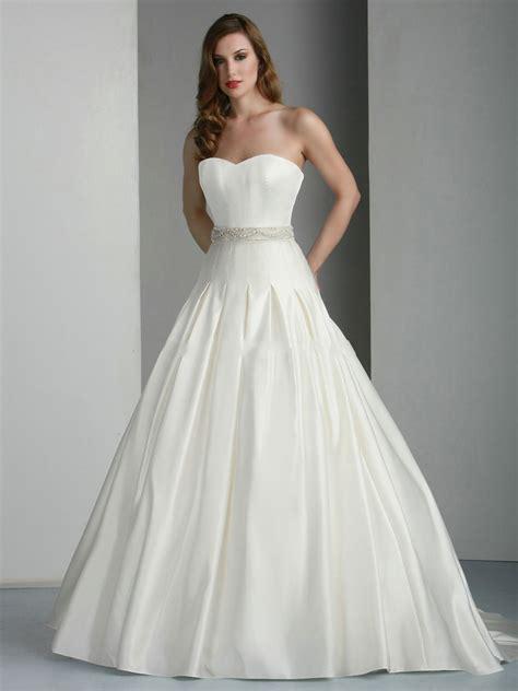 tamira vestido de novia con escote corazon y de estilo princesa sin tirantes de raso vestido de novia con escote coraz 243 n y