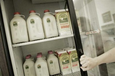 Why Does Organic Milk A Longer Shelf by Why Does Organic Milk Stay Fresh Longer Newsday