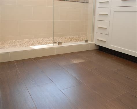 bathrooms with wood tile floors 24 amazing pictures and ideas of ceramic wood tile in bathroom