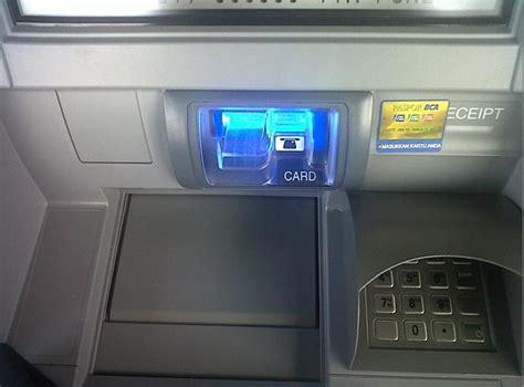 mengambil uang  mesin atm bca pun tidak menjamin