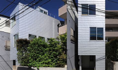 the skinny house this super skinny house in tokyo is only 4 metres wide