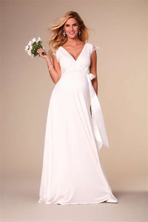 Stunning maternity wedding dresses   Love Our Wedding