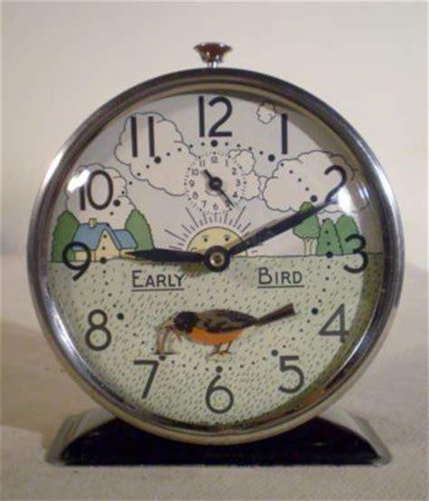 westclox u s a animated early bird alarm clock bobbing robin worm beautiful timepieces