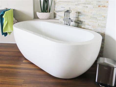 moderne badewannen 169 gandia medio freistehende acryl badewanne weiss