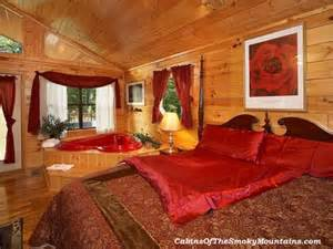 Bedrooms Decorated In Red Romantic Honeymoon Cabins In Pigeon Forge Cabins Of