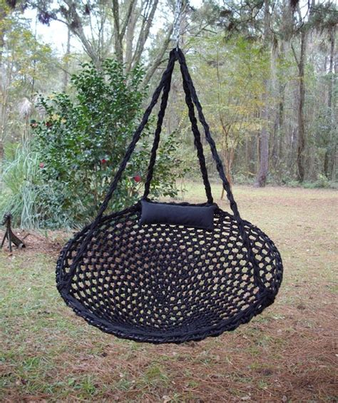 cool tree swings how to make this cool tree hammock useful pinterest