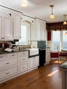 White Kitchen Cabinets Pinterest by White Cabinets Kitchen Designs Pinterest
