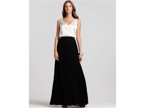 Maxi Black black pleated maxi skirt redskirtz