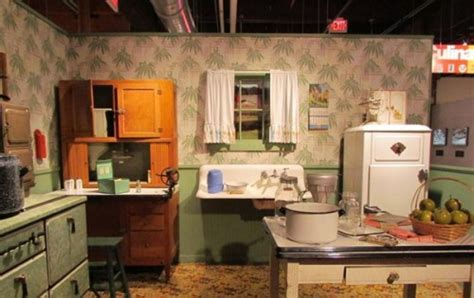 1940 S Kitchen To Me Remind Me I Have More Than Enough 1940 Kitchen Design